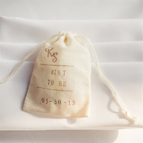 DIY Muslin Bag Favors