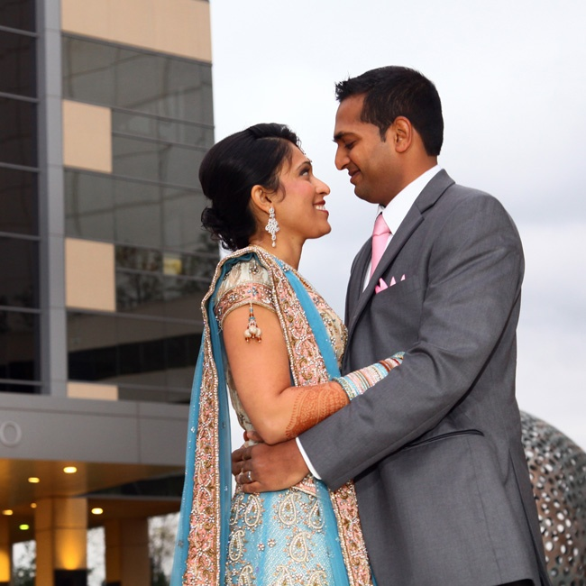 The bride donned a blue sari