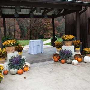Autumn Inspired Ceremony Decor