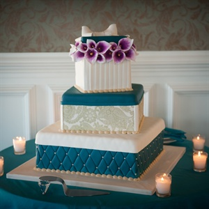 Gift Shaped Wedding Cake