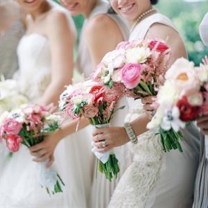 Antique Handkerchief Wrapped Bridesmaid Bouquets