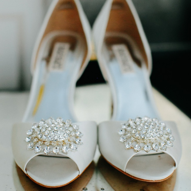 Lisa complemented her gown