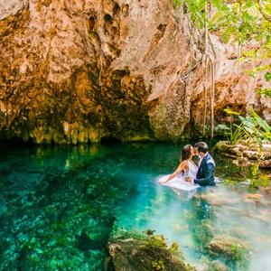 Underwater Couple Shot