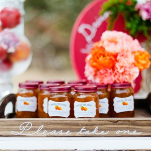 Jarred Preserves Guest Favors
