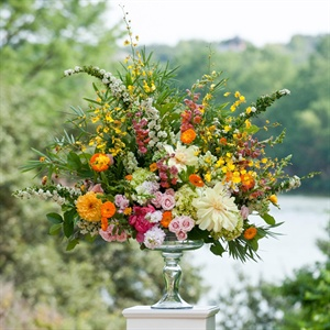 Bright, Vivid Ceremony Flowers