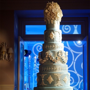Breathtaking Tiffany Blue and White Cake