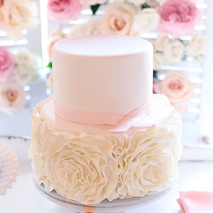 Rosette-Decorated Wedding Cake