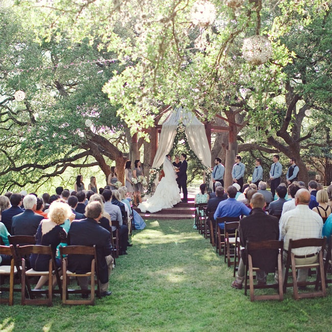 Wedding Places Austin Tx: A Romantic, Outdoor Wedding In Austin, TX