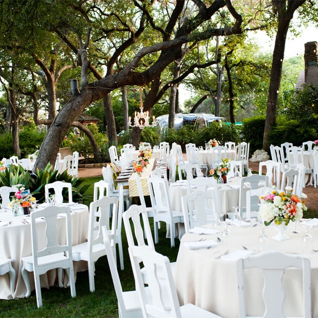 Wedding Places Austin Tx: A Vintage Outdoor Wedding In Austin, TX