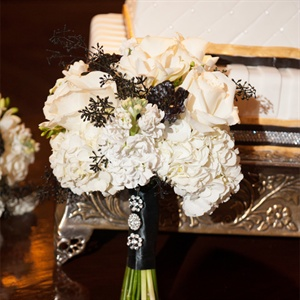 Chic Black and White Bridesmaid Bouquets