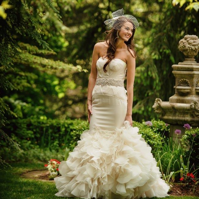 Wedding dress alterations grand rapids mi wedding for Wedding dresses in michigan