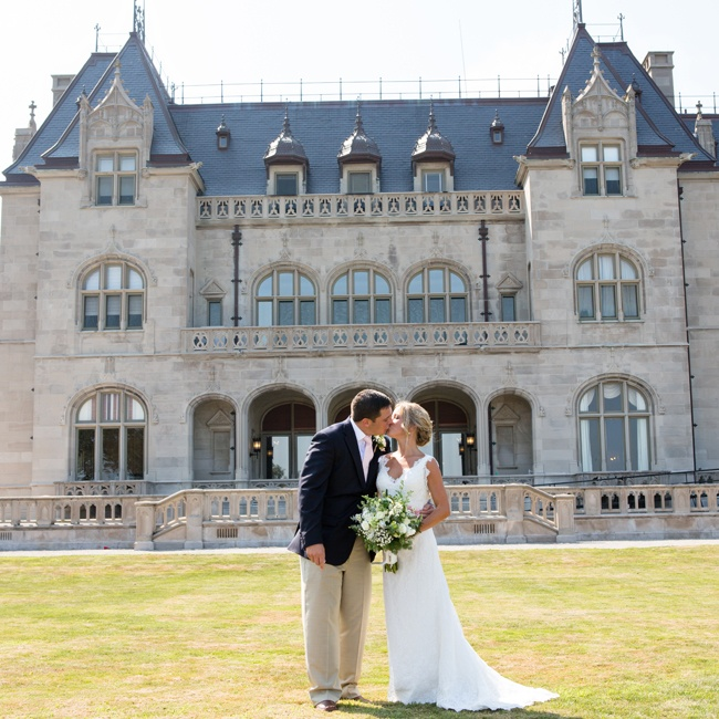 The couple exchanged vows in a ceremony at Salve Regina's Our Lady of Mercy Chapel. Afterwards, they headed outdoors for photos, using the campus's stunning architecture as a backdrop.