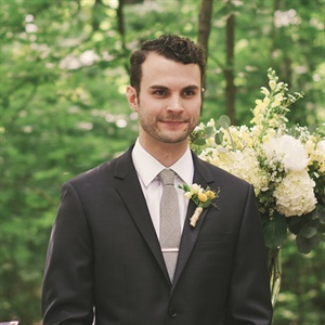 Groom's First Look and Boutonniere