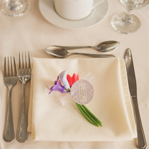 Place Settings & Favors