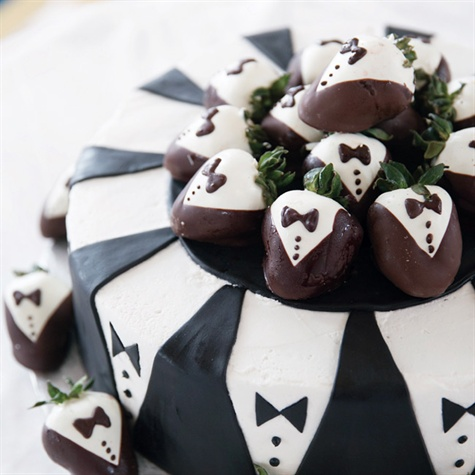 Black and White Groom's Cake