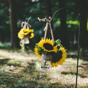DIY Mason Jar Ceremony Decor