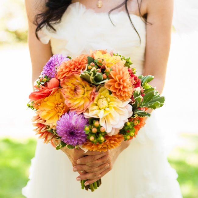 Megan's bouquet was made up of a bright mix of dahlias and mums with coffee berries added in for texture.