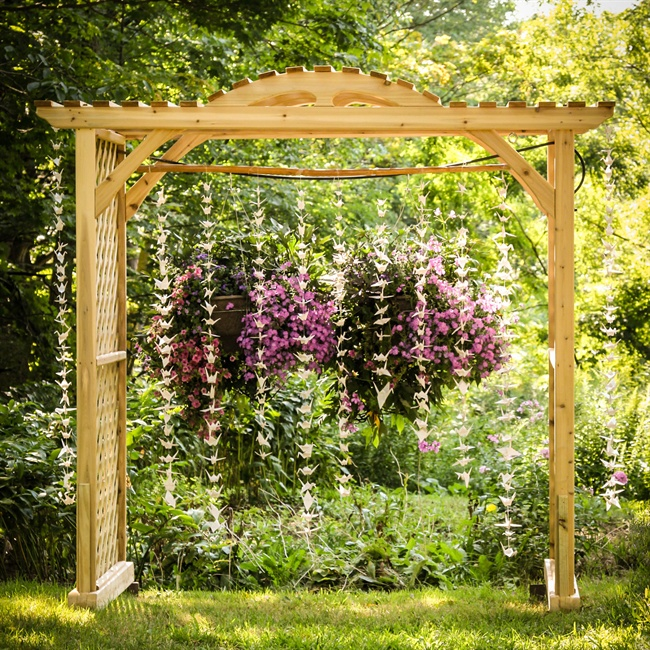 Outdoor Wedding Arch: 301 Moved Permanently
