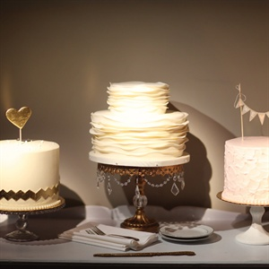 Ruffled and Textured Wedding Cakes