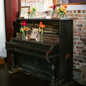 Piano Display