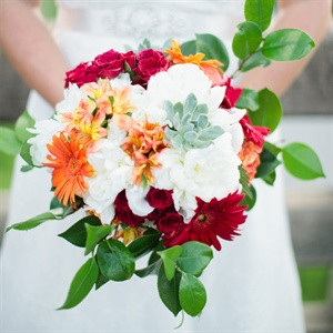 Daisy and Hydrangea Bridal Bouquet