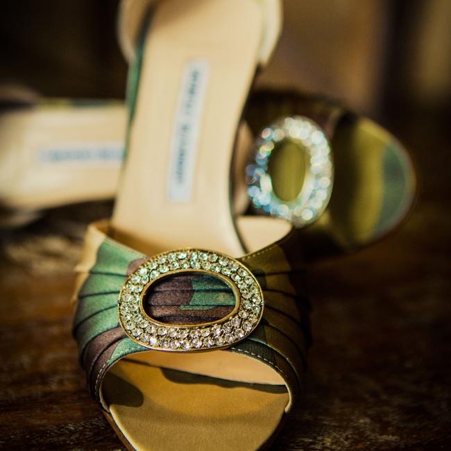 Becki accessorized with green patterned Manolo Blahnik embellished heels.