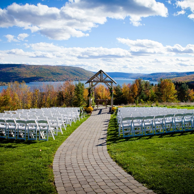 The natural beauty of fall foliage and mountain views perfected the outdoor ceremony at the Bristol Harbour Resort.