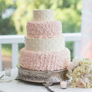 Delicate Swirls Wedding Cake
