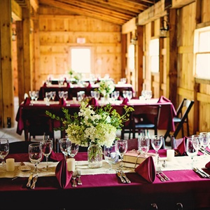 Chic Barn Reception Decor