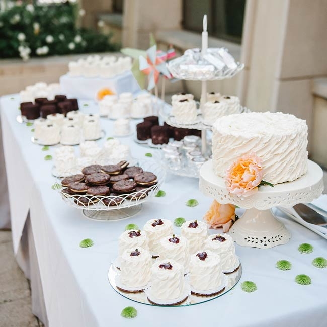 The couple provided cake with vanilla buttercream frosting, cookies and brownies for dessert after the reception meal.