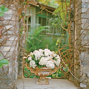 Vintage Ceremony Decor