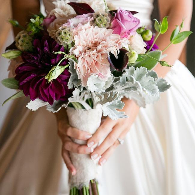 10 Stunning Dahlia Wedding Bouquets: A Stunning Mountain Wedding In Big Sur, CA