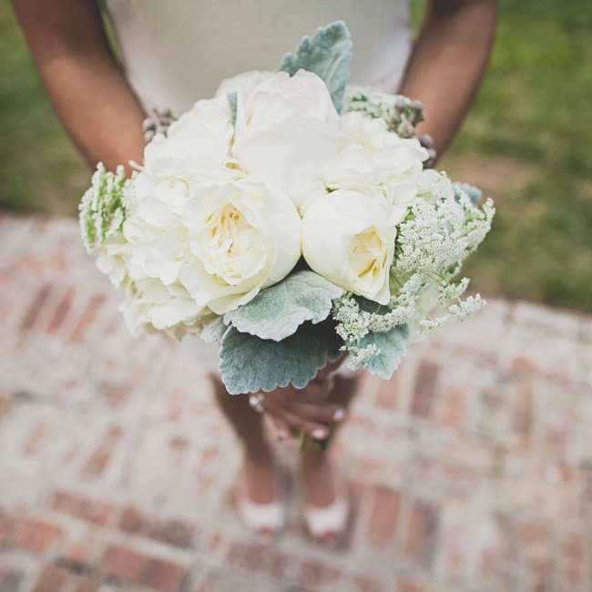 The bridesmaids' bouquets featured Queen Anne's lace and hydrangeas to add texture.