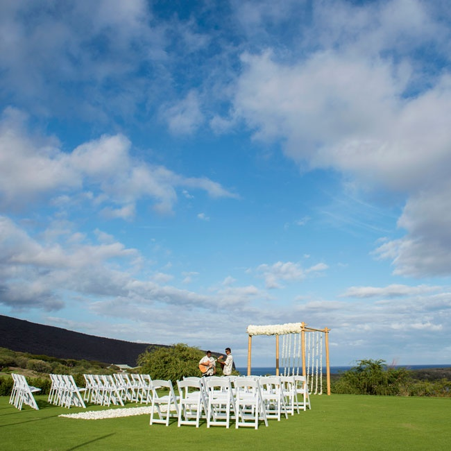The small number of guests enjoyed a simple, intimate ceremony outside on the island of Lanai in Hawaii.