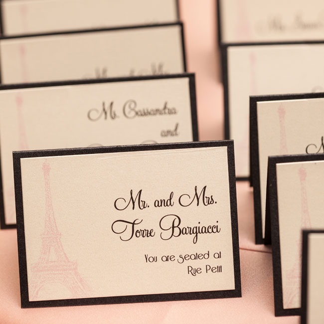 The black and blush escort cards boasted European charm with a pale sketch of the Eiffel Tower.