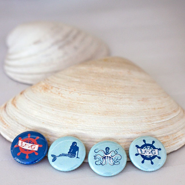 Guests were treated to a variety of ocean-inspired whimsical buttons scattered throughout the reception.