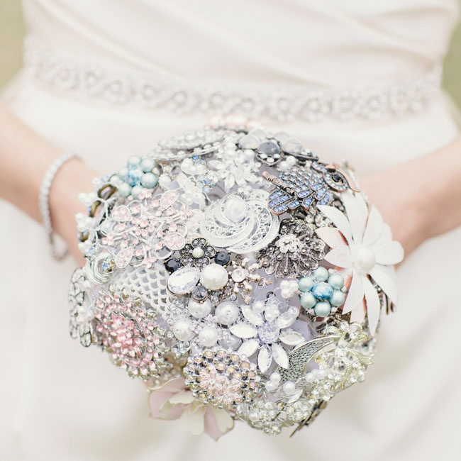 Rachel made her stunning crystal broach bouquet instead of carrying traditional fresh flowers.