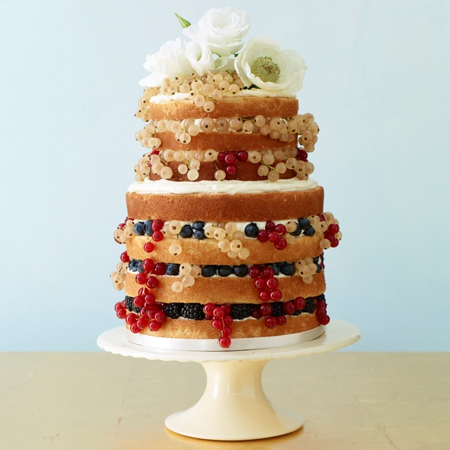 This rustic-style confection focuses on the cake! Unfrosted layers of lemon cake are sandwiched between vanilla buttercream frosting and are often filled with fruit and topped with fresh flowers.