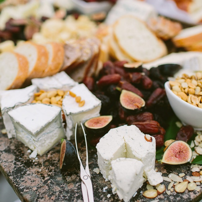 Guests nibbled on sophisticated snacks during cocktail hour, which included a variety of cheeses, fresh figs and dried fruits and nuts.