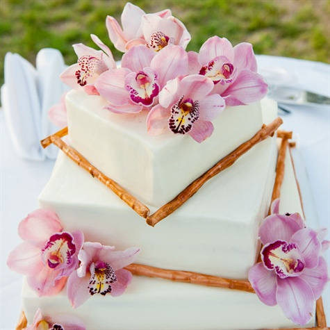 Hawaiian Floral Wedding Cake