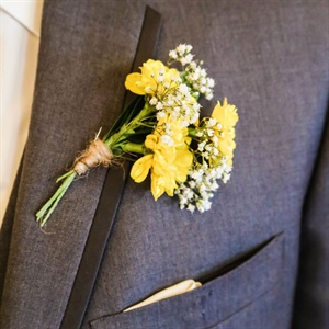 Simple Rustic Boutonniere