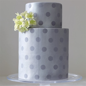 Modern Purple Polka Dot Cake