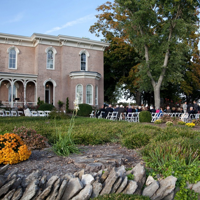 The ceremony took place facing a large private home in Gallatin, TN.