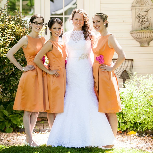 "Wanting all her bridesmaids in the same dress, Erin selected a few different preppy styles in a shade of orange and then—to keep things democratic—let them decide. ""Since we were all in different places, the whole process was via email. Luckily, they all agreed,"" she says."