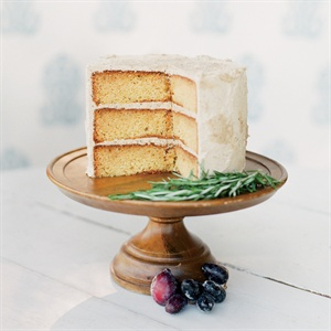 Simple Homestyle-Inspired Cake