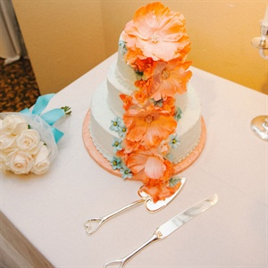 Orange Sugar Flower Cake