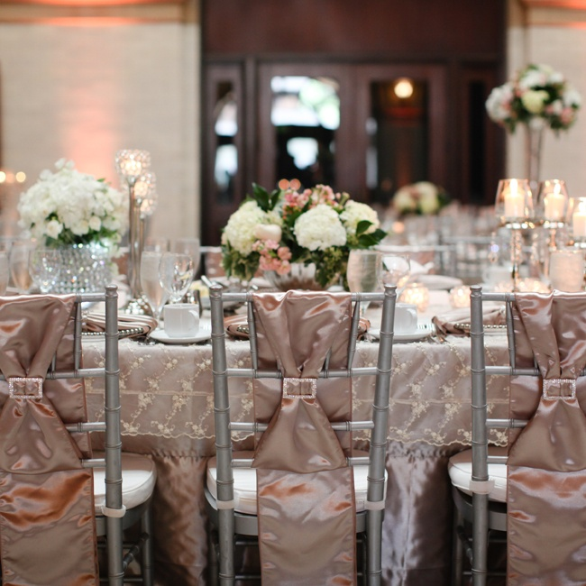 Champagne colored linens dressed up the silver chiavari chairs.