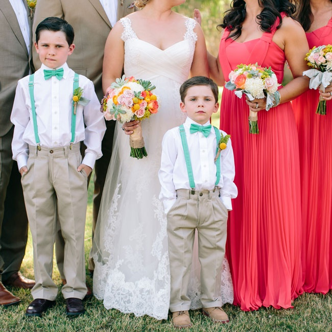 The ring bearers matched the groomsmen in tan slacks but brightened up their look with turquoise suspenders and bowties.