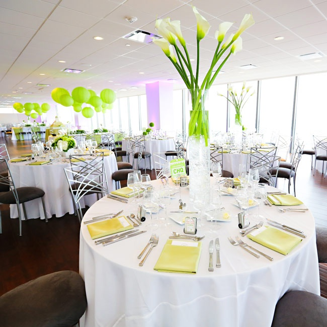 The reception space was decorated with white tablecloths, silver cross-backed chairs and pops of bright green.