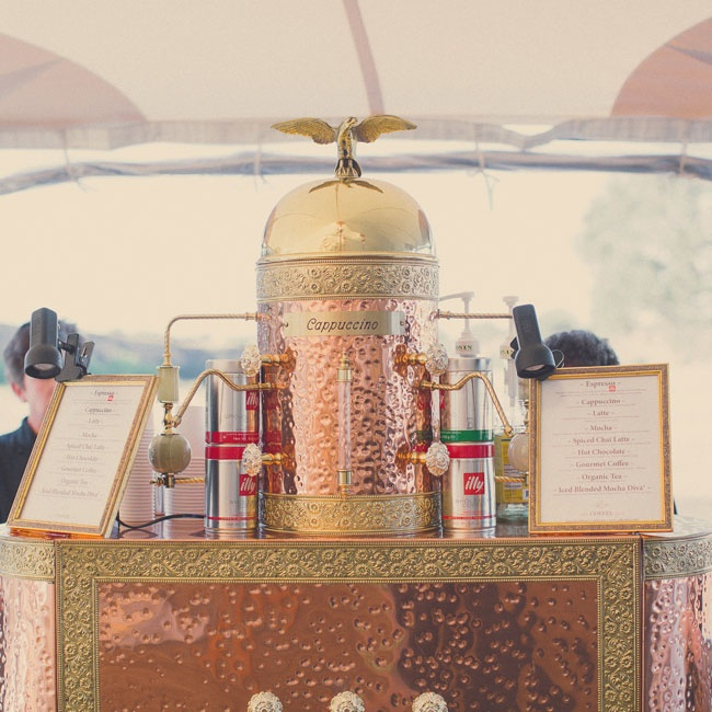 A coffee and espresso bar brought a unique (and delicious!) touch to the reception.